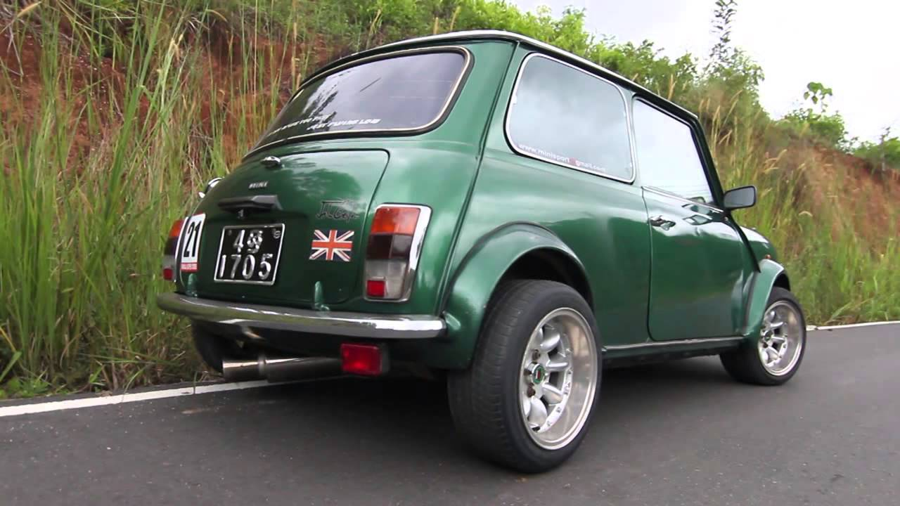 classic mini cooper youtube. Black Bedroom Furniture Sets. Home Design Ideas