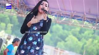 Video Gemantung Roso - Gita Selviana - LAGISTA - Rama Production - Pantai Soge download MP3, 3GP, MP4, WEBM, AVI, FLV Oktober 2017