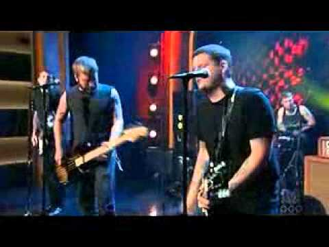 Against Me! - Don't Lose Touch Live on Conan O'Brien.