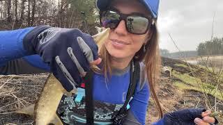 Рыбалка на щуку с берега Как клюёт рыба в нерест