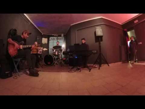 A Night in Tunisia - Jam Jazz