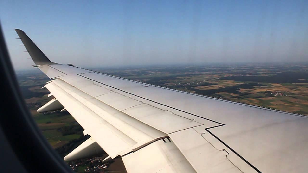 Download LOT Polish Airlines Embraer E175 Landing - Munich (LO 353)