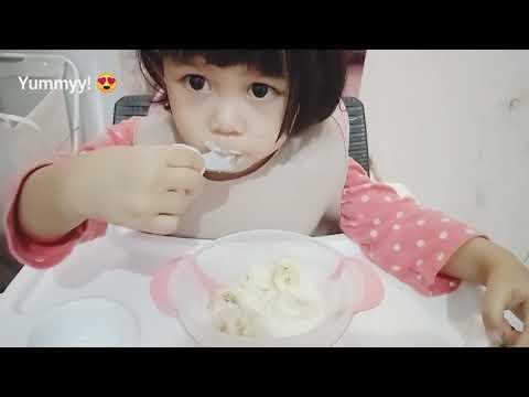 Yoghurt Bowl | Maryam 19 Mo Bisa Potong Pisang Sendiri!