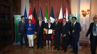 G7 leaders sign terrorism declaration
