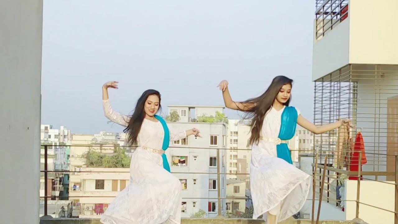 Download আকাশে বাতাসে চল সাথী উড়ে যাই চল Akashe Batase dance cover | Hafsa Heera | Romana Rupa