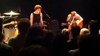 Ben Howard & Daughter -  Black flies