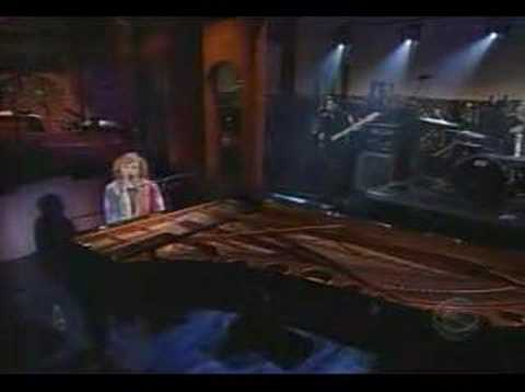 Tori Amos - A Sorta Fairytale Live on Letterman 29 10 2002