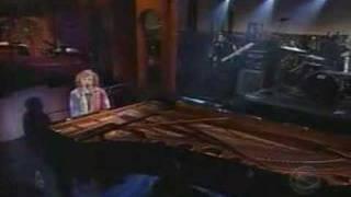 Tori Amos - A Sorta Fairytale Live on Letterman 29 10 2002
