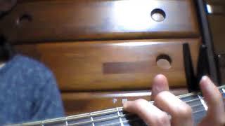 オリジナルのkeyから カポ2つ上げて歌っています。 イントロは、オリジ...