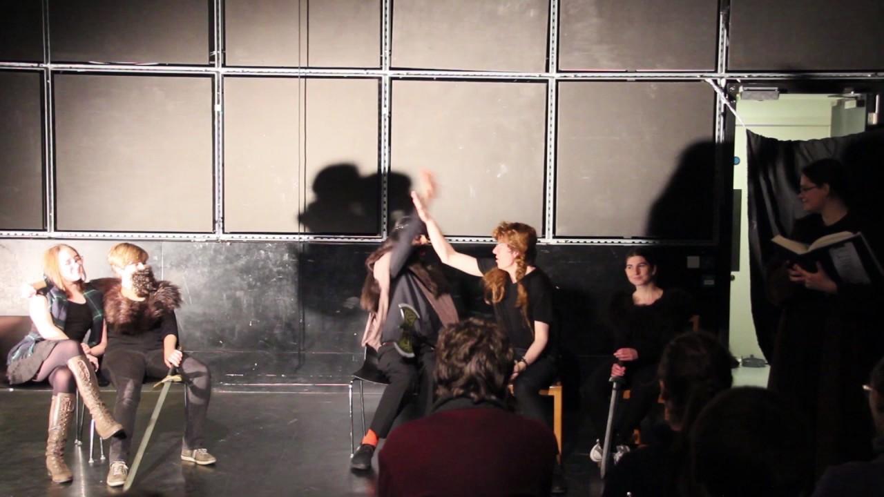 Женщин без исландский танец голых- трахнул