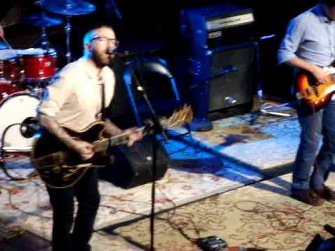 City And Colour (Dallas Green) - Fragile Bird - MTV Live.wmv