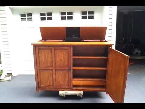 Craftsman Oak Flat Screen TV Lift Cabinet