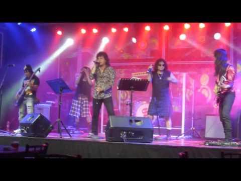 kehidupan Godbless Mahayana on stage