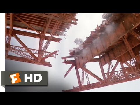 The Golden Gate Bridge Melts  The Core 89 Movie  2003 HD