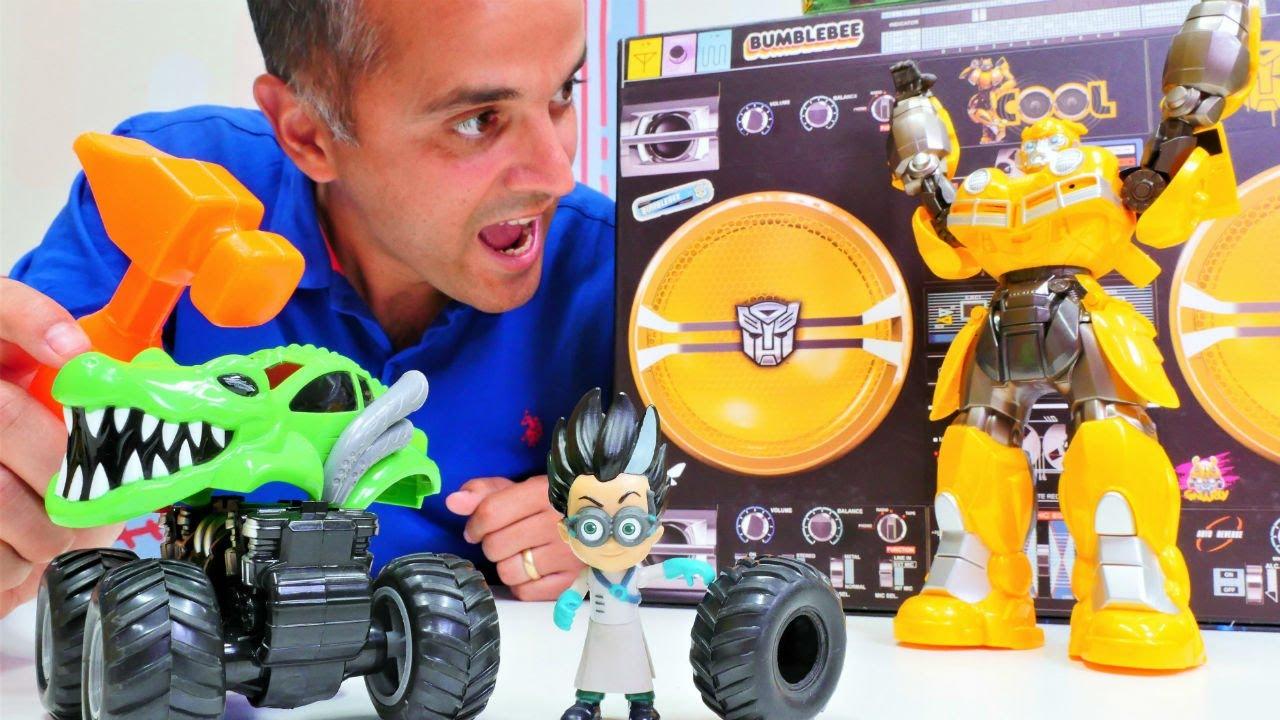 Romeo arabasıyla kaza yapıyor! Oyuncak arabalar - çocuk videosu  Tamir  oyunu izle!