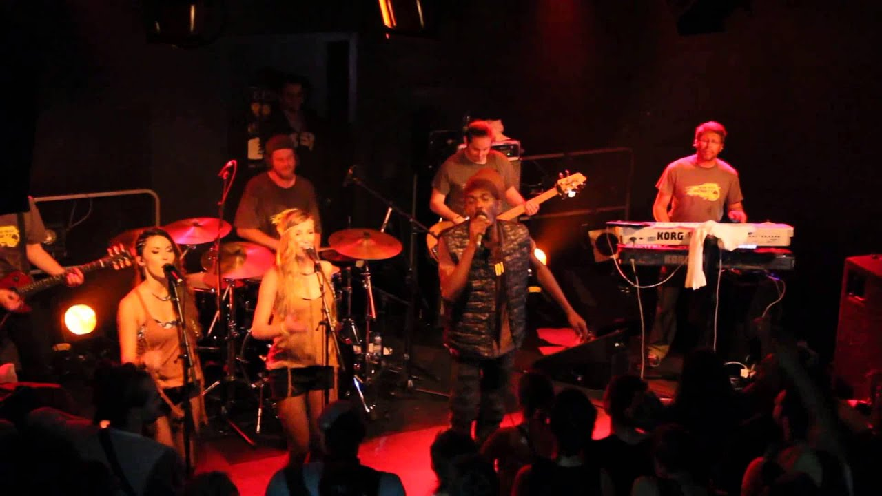 2014-10-30 Anthony B & House Of Riddim, Live Le Moulin