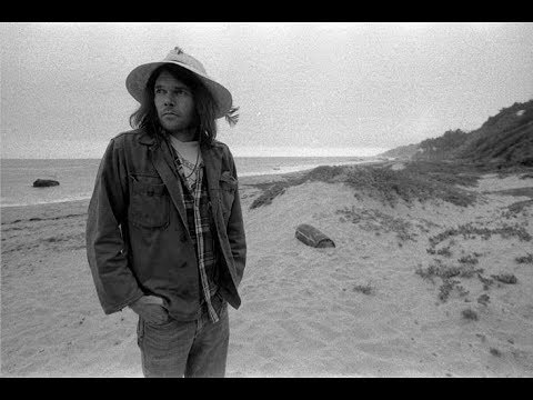 Neil Young ~ Helpless   ( Live at Massey Hall ) mp3