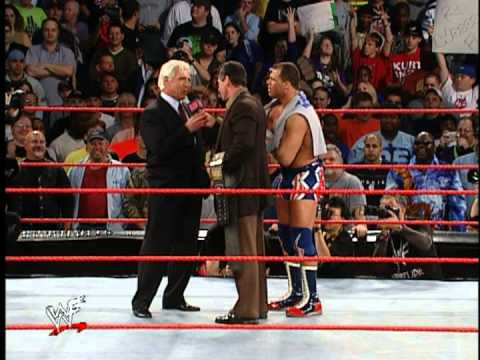 """Nature Boy"" Ric Flair Returns - Raw 11/2001"