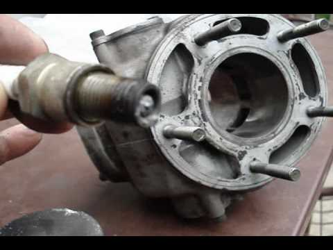 Yamaha TDR 125 CC Piston replacement with a NEW one - YouTube
