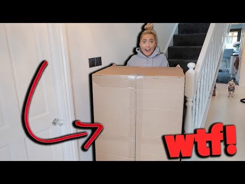 GETTING THE LARGEST PARCEL ARRIVE! Wtf is inside?!