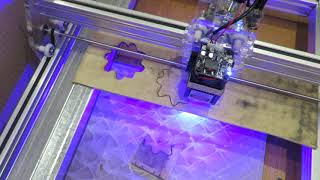 резка фанеры 3 мм синим диодным лазером 7000 mW