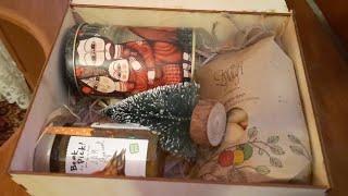 Племянник открывает подарок /Новогодний подарок посылка 🎄 Nephew opens a gift/New year gift package