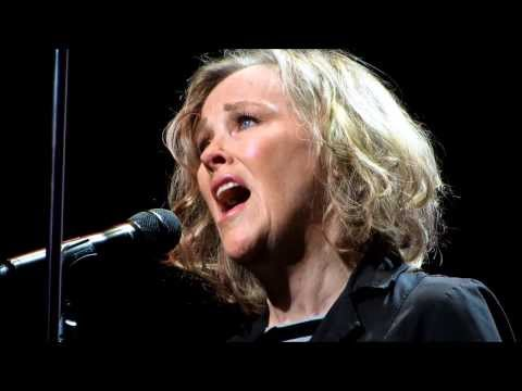 Catherine O'Hara Performing Sally's Song - Nightmare Before ...