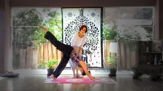 """Yoga para iniciantes: passo a passo para a """"Saudação ao Sol"""" com Pazu"""