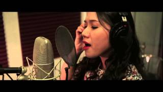 [MV] Phố Trong Mưa - Thùy Chi (Studio Version)