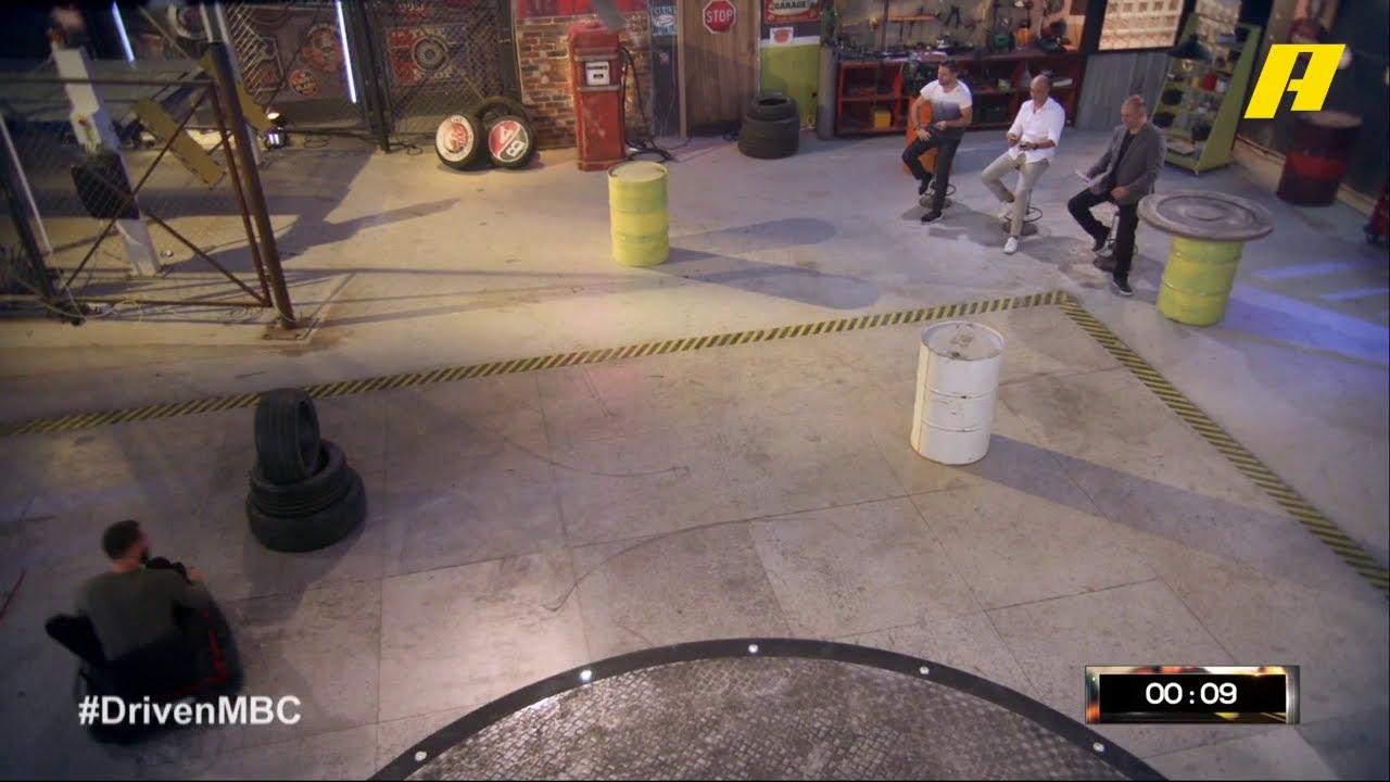 بطل الدريفت اللبناني أوليفر كيك يخوض مسابقة طريفة داخل استوديو دريفن