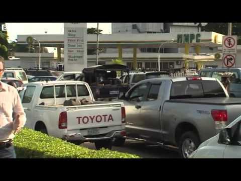 nigeria-fuel-shortage-massive-queues-at-lagos-petrol-stations
