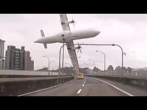 tawain plane crash rescue and recovery after transasia