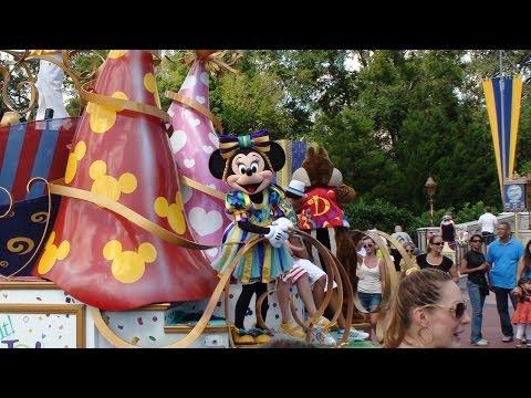 Disney: Move It! Shake It! Celebrate It! Street Party