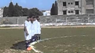 دقيقة صمت ترحما على روح فقيد الملعب الإفريقي الاعب عماد الشميسي