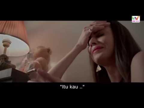 U Me Aur Ghar  Teks indonesia