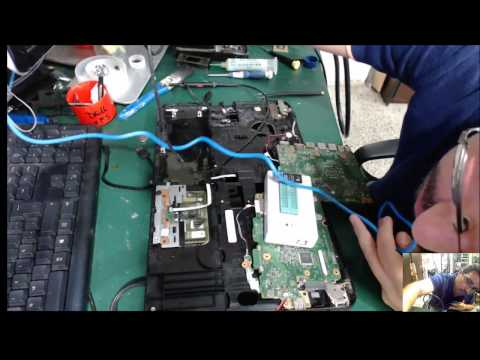 Como reprogramar BIOS de portatiles. Toshiba C55D AMD enciende no da video.