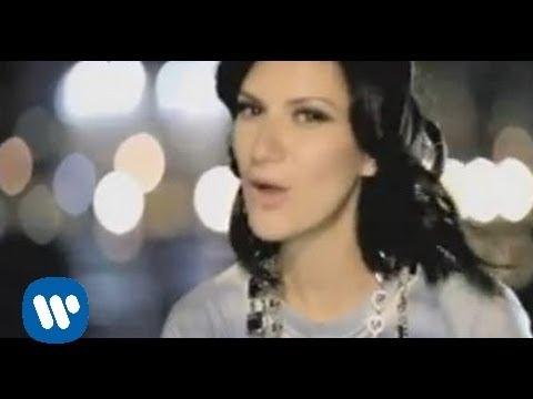 Laura Pausini - Con la a en la radio