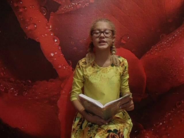Изображение предпросмотра прочтения – МаргаритаЕремеева читает произведение «Собака» И.А.Бунина