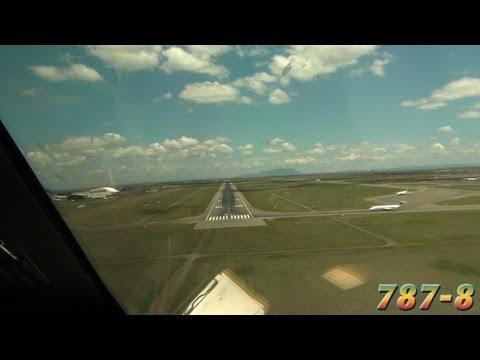 PilotCAM View into Nairobi (Boeing 787)