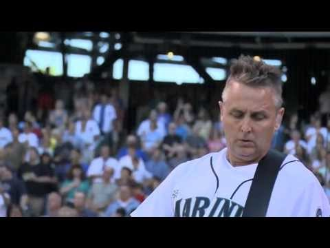 Watch Pearl Jam's Mike McCready Perform Electric National Anthem At Seattle Mariners' Home Opener [Video]