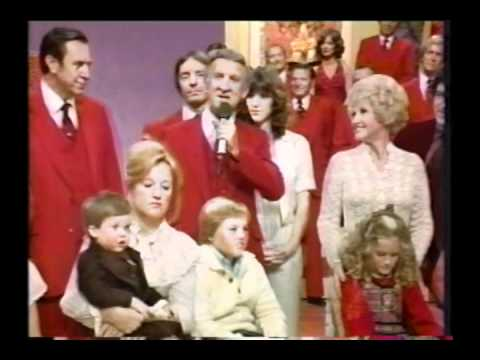 Lawrence Welk - 1980 Christmas show finale.