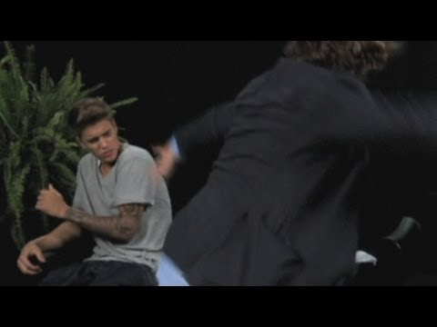 Justin Bieber whipped with belt by Zach Galifianakis in Funny or Die sketch