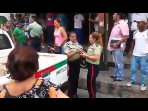 Valencia edo Carabobo Saqueo a la policía - CHISEMEVEN