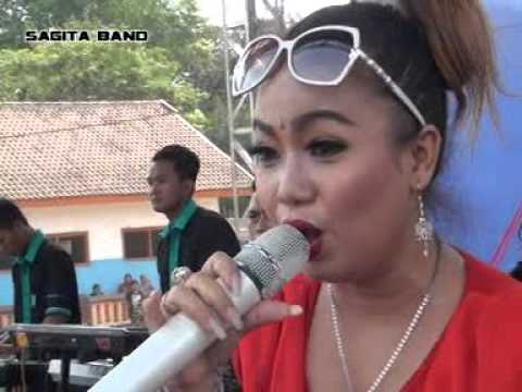 Reny Pucuk Asmoro SAGITA BALUNG JEMBER LIVE IN JOGARAN