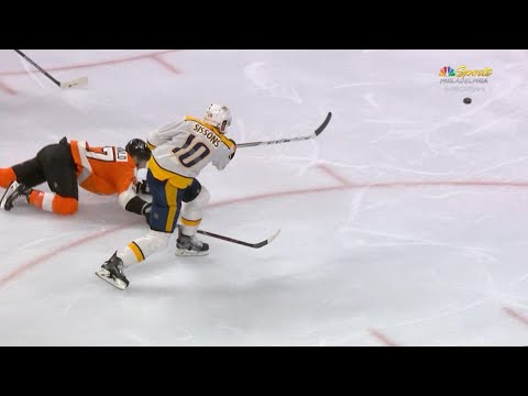 10/19/17 Condensed Game: Predators @ Flyers
