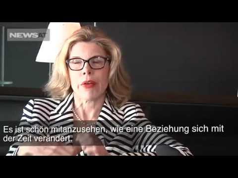 Christine Baranski - Short Interview with NewsAT