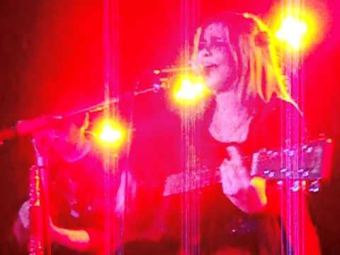 Belen Arjona - Sangre en la nevera (directo Sidecar BCN 08-01-11)