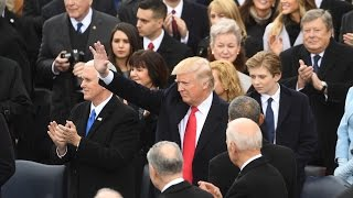 بث مباشر.. المظاهرات تضرب واشنطن عقب تنصيب «ترامب» رئيسا للبلاد