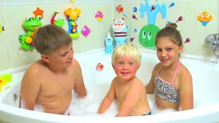 Bath Song Nursery Rhymes song for Kids Toys Colors thumbnail