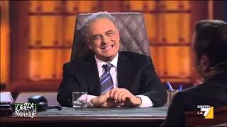 Crozza - De Luca: De Magistris detto Giggino questo sindachetto con il sorrisetto sulla fascia.